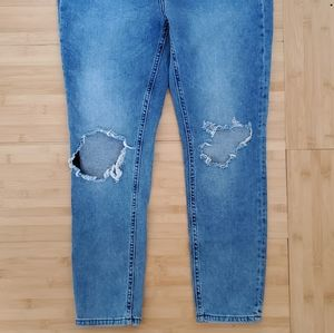NEW Free People High Rise Busted Knee W 31 L 24